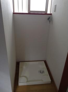 中央区葛城貸家洗濯機置き場